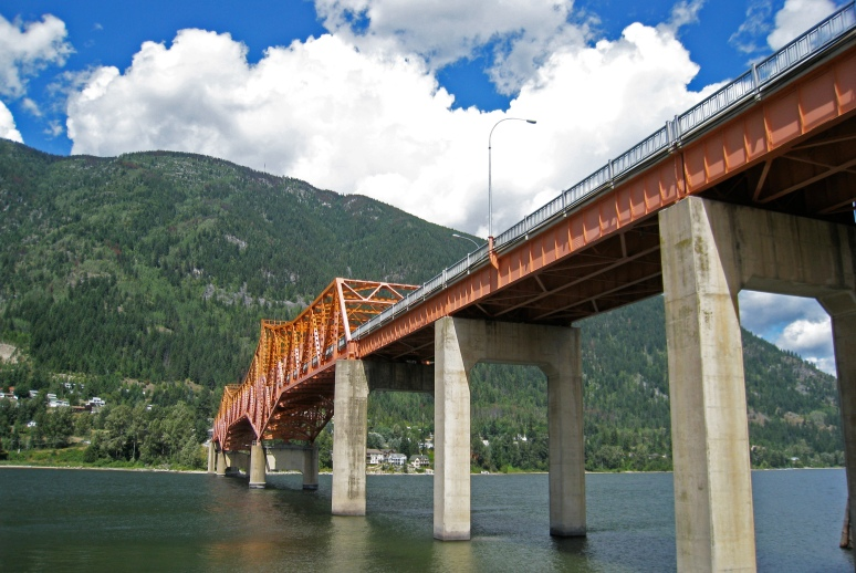 A bridge connects the north and south shore.